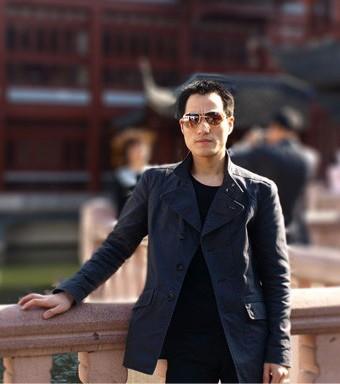 李华东设计师
