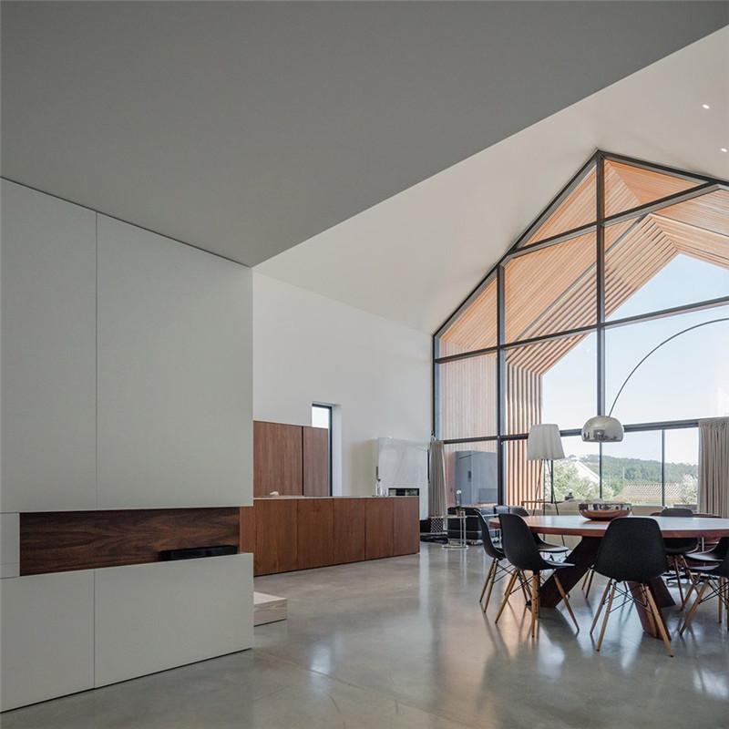 葡萄牙ourém矩形住宅,长屋中的丰富生活|住宅设计