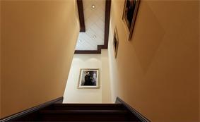 欧式阁楼楼梯效果图