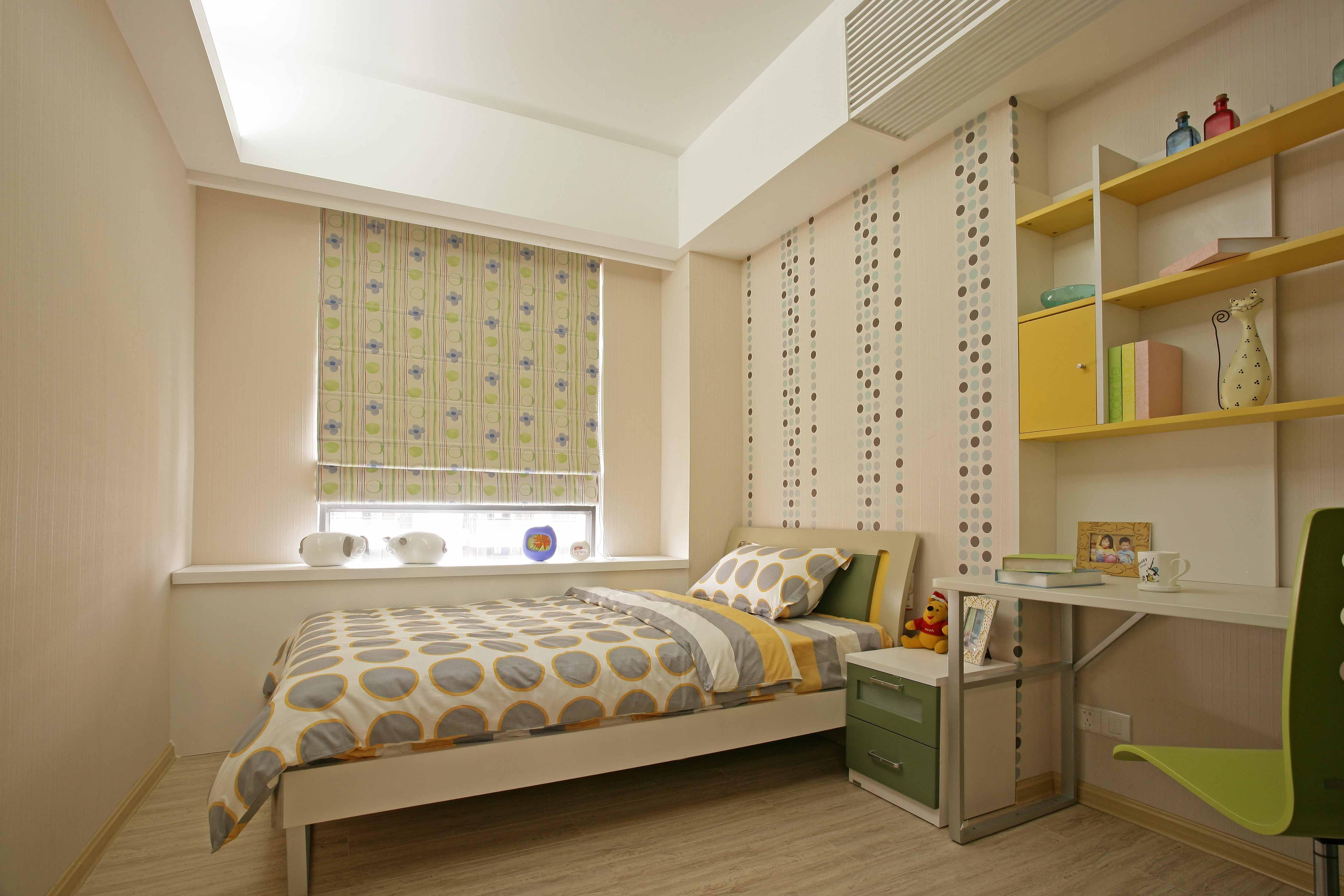 这个案例是现代简约装修风格,整个房子的设计运用了很