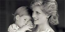 每年只有他不愿意过母亲节,请莫把爱熬成追忆