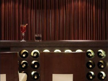 禅意样板房餐厅酒柜
