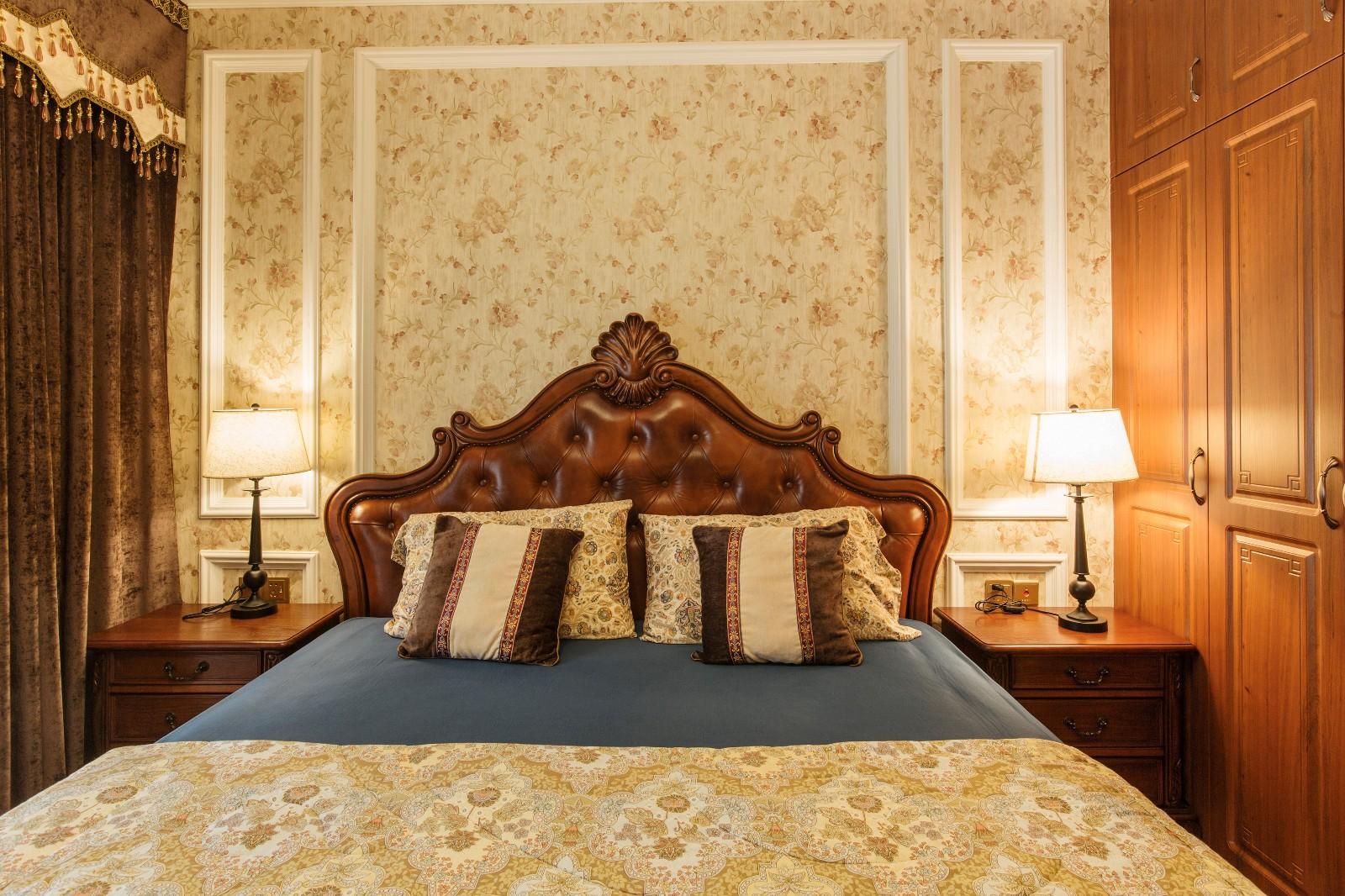 新古典卧室背景墙实景图
