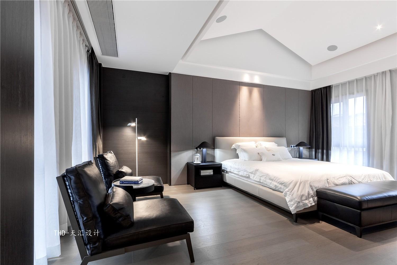 现代卧室吊顶实景图