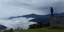 厄瓜多尔镜面展望台 位于山巅隐于自然的眺望台