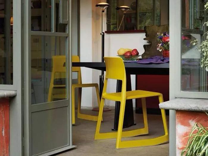 这几款家居杂志出镜率最高座椅,都是用塑料做成的