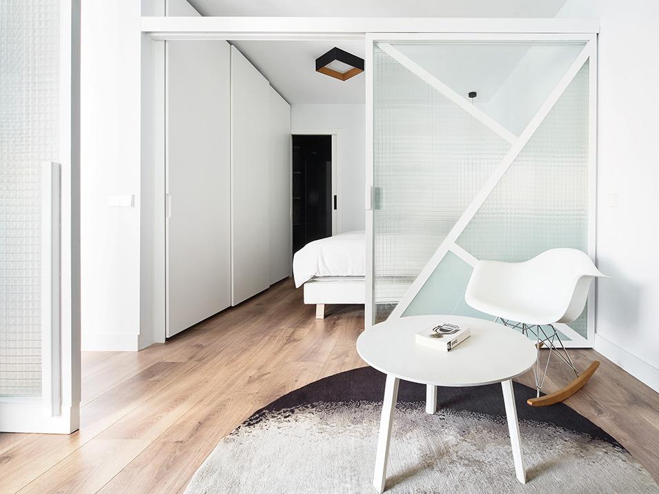 公寓改造|巴塞罗那双L型结构的Sardenya公寓