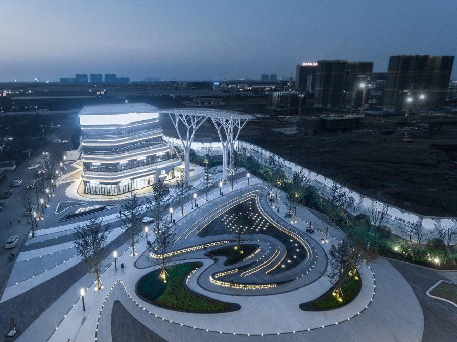 武汉金地·中法仟佰汇,充满时尚与活力的城市客厅