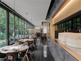 杭州外婆家西湖天地店,聯結城市與自然的玻璃盒子